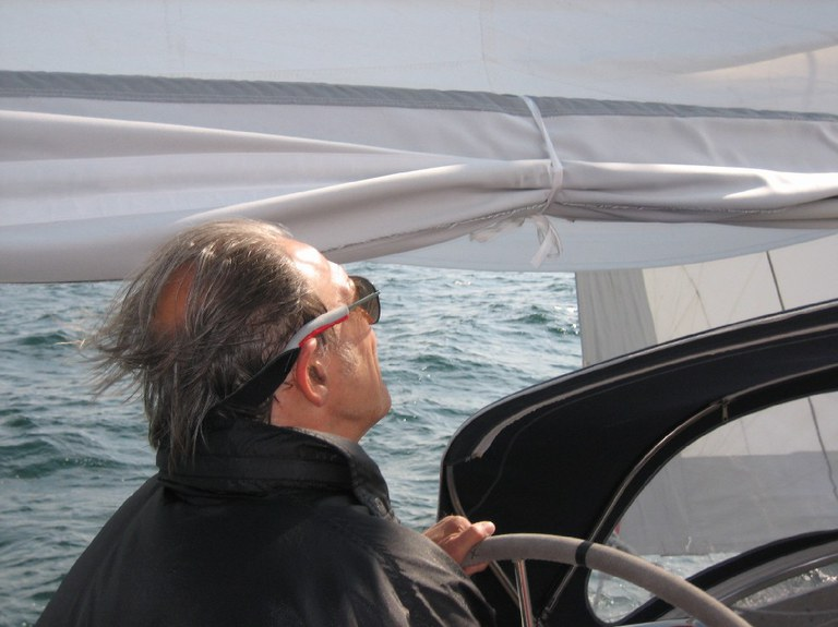 Hessenregatta 2008/ unser Skipper mit Wind von vorne