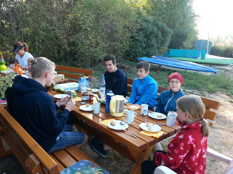 Sept.18 Übernachtung Frühstück (44).jpg